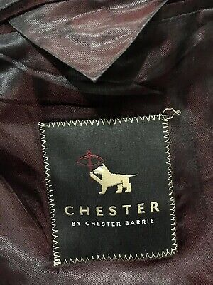 Chester Barrie Pinstripe Wool And Cashmere Blazer Jacket. Mens Size 42L.