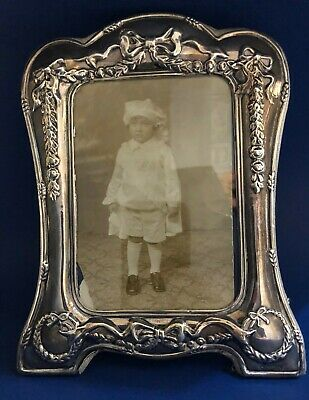 British R. Carr of Sheffield Sterling Silver Picture Frame