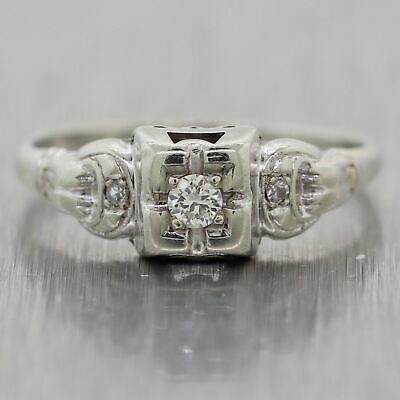 1930's Antique Art Deco 18k White Gold 0.10ctw Diamond Ring