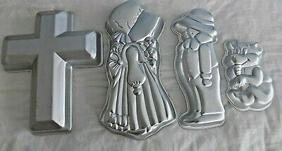 Wilton Cakes Pans - Lot of (4)