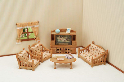 Sylvanian Families 5339 Comfy Living Room Set, Multicolor