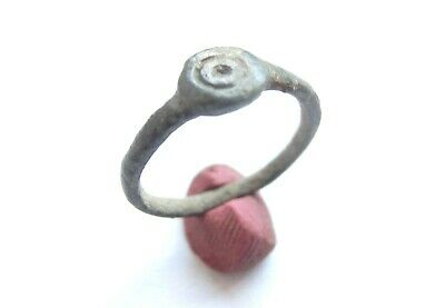 Ancient CELTIC Bronze Ring with concentric dots ***EVIL EYE*** Motif - 300 BC