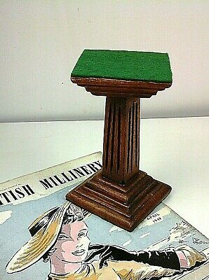 "Small Oak Art Deco Shop Display Stand 6"", Period Shop Fitting C.1930's"