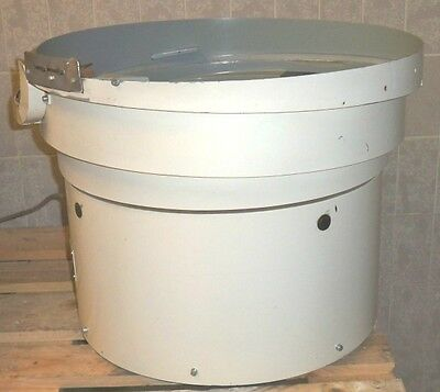 Shake Pot Vibratory Feeders Spiral Conveyor Linear Feeder Fördertopf 630mm