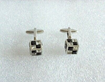 Cubed Cuff Links With Decorative Stones. Gift Box Included. NEW.