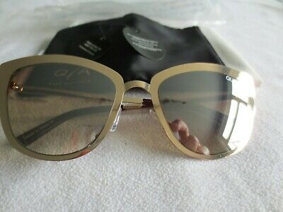 Quay Australia gold frame mirror sunglasses. Super girl. With bag.