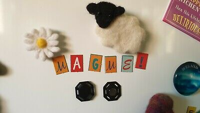 MagMe / Mag Me - Magnet accessory for projects