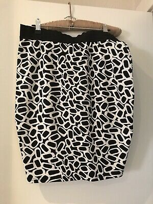 Ripe Maternity Skirt. Medium. Black White Patterned. Stretch Work Wear.
