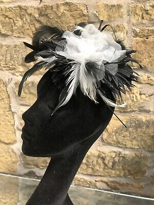 Black and White Fascinator on Comb