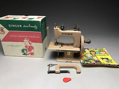 1955 Singer Sewhandy Model 20 Childs Sewing Machine W Box And Accessories