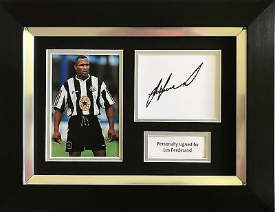 Les Ferdinand Hand Signed Framed Photo Display Newcastle United Autograph.