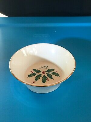 """Lenox Holiday """"Joy"""" Dish Dimension Collection Oval Porcelain Holly Christmas 4"""""""