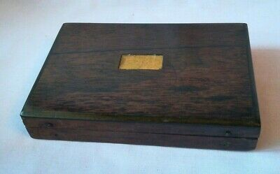Small Vintage Wooden Velvet Lined Box with Hinged Lid (L107)