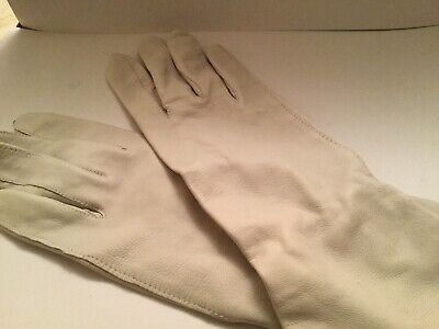 Vintage Ladies Off White Or Light Grey  Leather Gloves Size 7.5 Longish