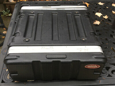 SKB Cases Rack Mount Road Case Roto-Molded 3U Audio Video AV Studio Flyer