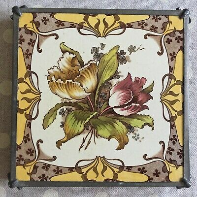 "MINTON HOLLINS & CO VICTORIAN TILE WITH PEWTER TRIVET 6"" x 6"" c1852 - Ref:10"