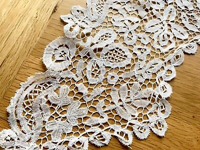 Antique Victorian Off White large Lace Collar