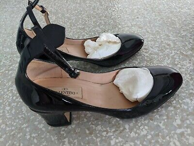 Valentino Leather Tan-Go Pumps Black Leather upper and sole Size37.5