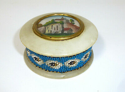 Covered Dish with Beadwork um 1880 Castle from Herzberg Can