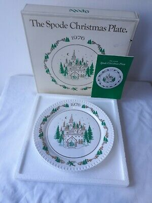 """VINTAGE The Seventh Spode Christmas Plate 1976 8"""" Diameter. BOXED"""