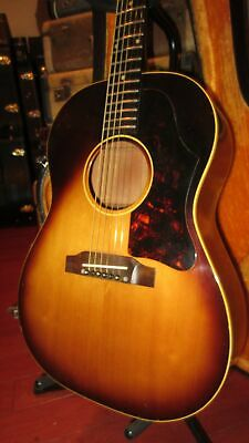Vintage 1963 Gibson LG-1 Small Bodied Acoustic Flattop Guitar Sunburst Hard Case