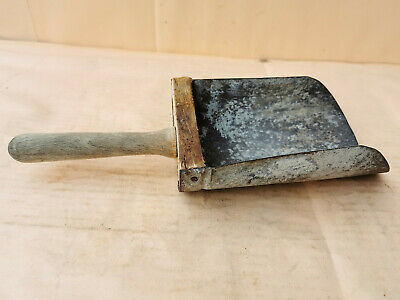 ANTIQUE OLD PRIMITIVE WOODEN AND METAL GRAIN SCOOP SPOON FARM TOOL 19th
