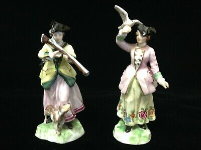 Antique Dresden Pair of Two Porcelain Cabinet Figurines of Ladies in the 18th C.