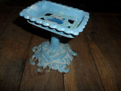 """Metal Antique Vintage Cast Iron? Soap Dish Standing Very Rustic Great Look=4.5""""T"""