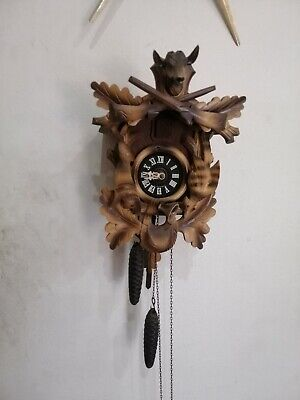 Collectable Bird Chime Black Forest Hunters Style Cuckoo Wall Clock..