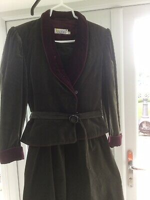 vintage ladies skirt suit