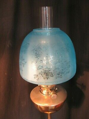 EXCELLENT BLUE ETCHED BEEHIVE SHADE  for an OIL LAMP