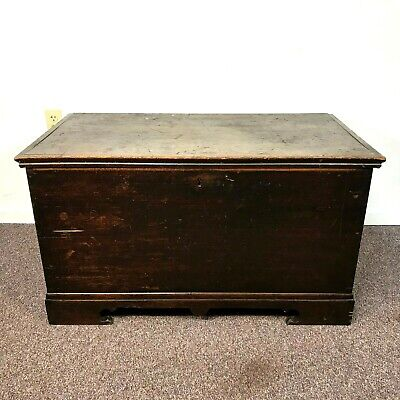 Great Mid 1800's Canadian Ontario Butternut Blanket Chest in Original Finish