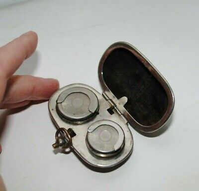 Antique Sovereign and Half Sovereign Coin Holder.