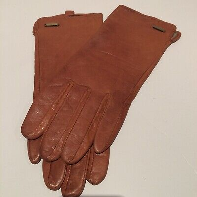 Vintage tan leather warm lined gloves. Used. Size S/M. Gold detail