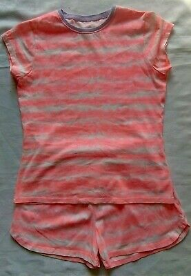 A set of Matching Shorts and Top. Nightwear. Age 11/12 Pink/White