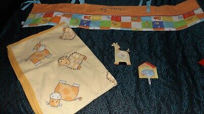 Cot bumper + baby blanket + 2 nursery decor