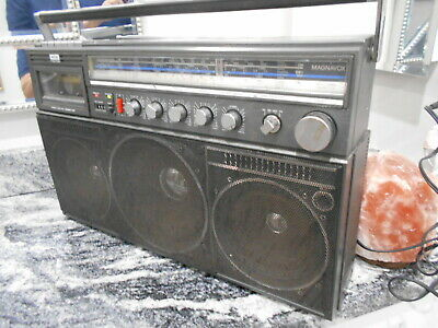 Vintage Magnavox D 8443 Power Player, 5 Speaker System Boombox Ghetto Blaster