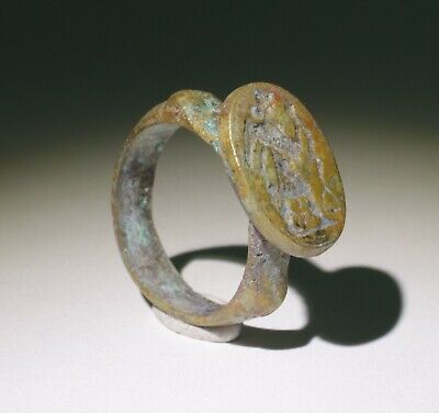 Quality Ancient Roman Greek Bronze Seal Ring Victory  - Circa 100Ad  - 0211
