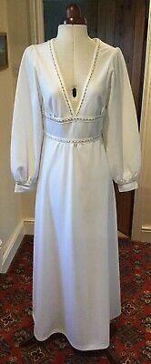 VINTAGE 1970's WHITE POLYESTER WEDDING/EVENING DRESS BY SPINNEY