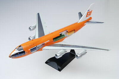 47011 Dragon Models 747-100 1/144 Model 747 Braniff Place Braniff International