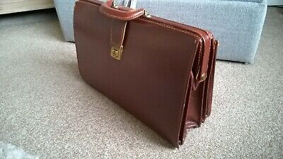 Vintage Leather Papworth Luggage Dr Bag Style Briefcase - 19 inch long