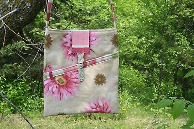 Pink Floral Crossbody Festival Satchel Market Book Bag Diagonal Pocket