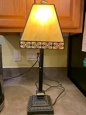 Tiffany Style Mission Table Lamp Stained Slag Glass Geometric Pattern Leaded