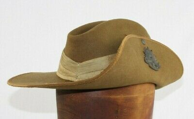 Austrlian WW2 Slouch Hat with Dated Puggaree (1945)