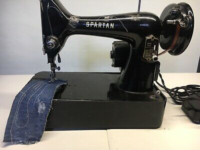 Singer Sewing Machine Spartan Great Britain-Vintage-With Foot Pedal-Working