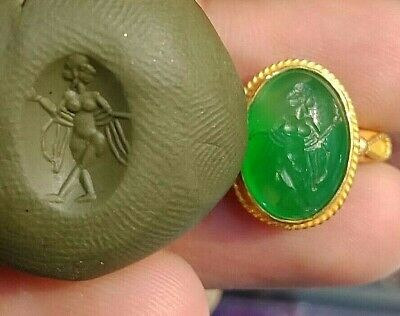 Rare! Ancient Green Garnet Dancing Nude Lady Intaglio Solid 22K Gold signet Ring