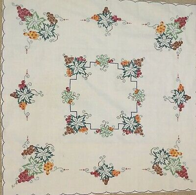 VINTAGE LINEN EMBROIDERED GRAPE VINE with GRAPES CROSS STITCHED TABLE CLOTH