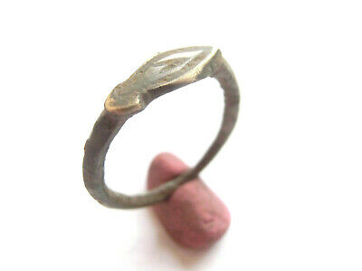 Amazing Ancient CELTIC Engraved Silver Ring - suspension > La Tene period 300 BC