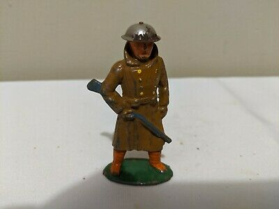 Barclay Manoil lead Toy Soldier TRENCHCOAT w/RIFLE