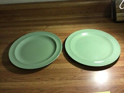Wedgewood Of Etruria and Barlaston Celadon Green Luncheon Plates Lot 2 Set #4